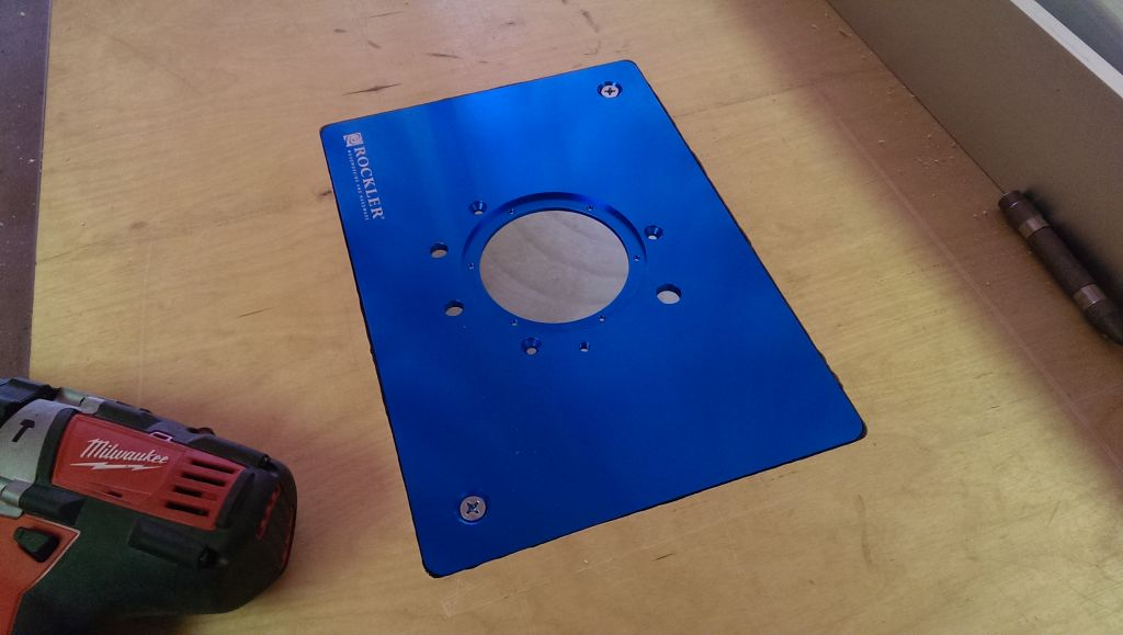 Adding a table saw router table extension did it myself locking screws installed keyboard keysfo Images