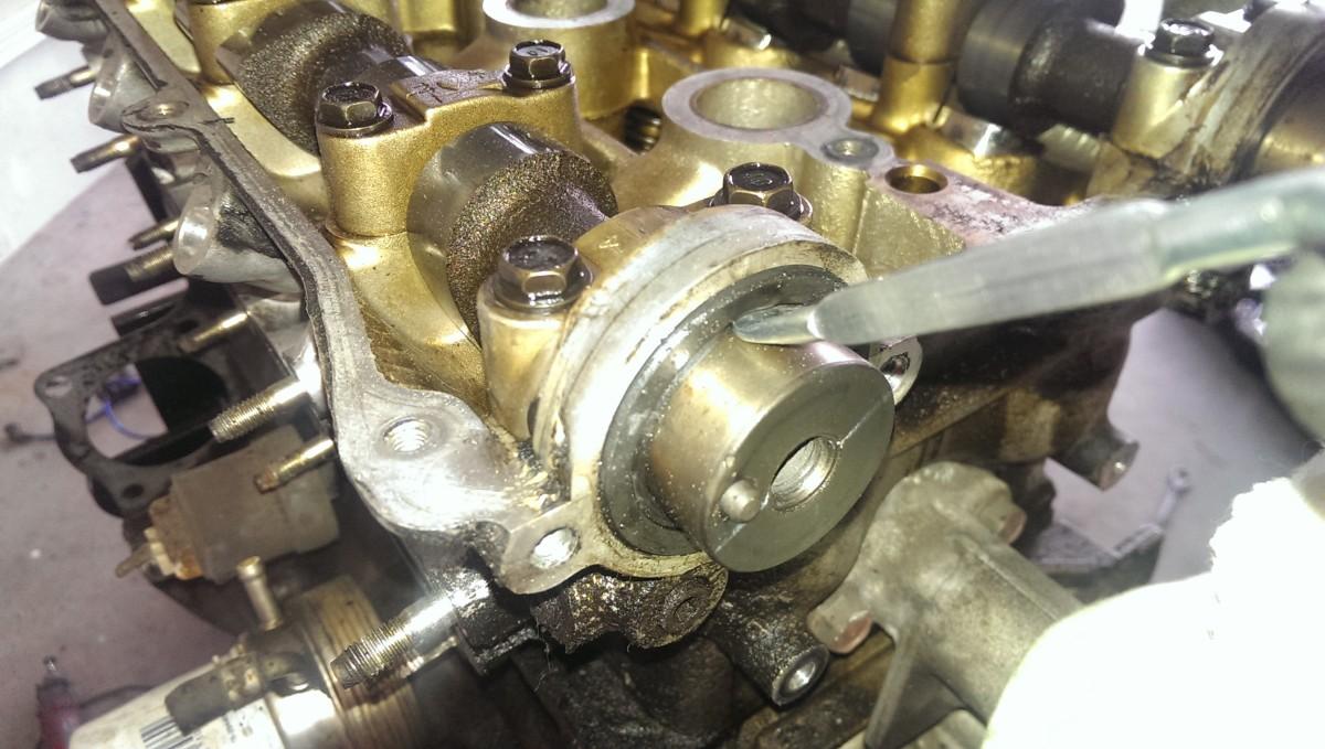 Cam Seal Leak : Miata timing belt water pump and seals did it myself
