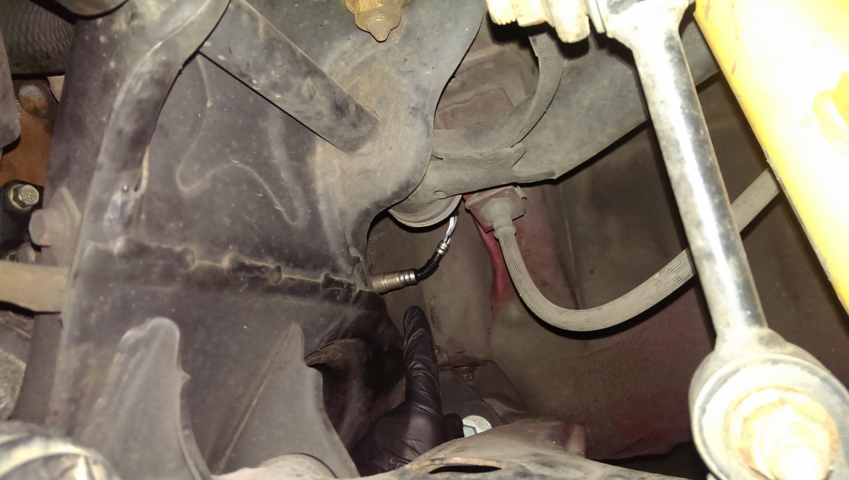 Miata O2 Sensor Replacement Did It Myself Mazda Emission Wiring Harness 2001 Far Away View Of