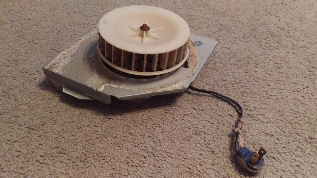 how to fix a squeaky fan