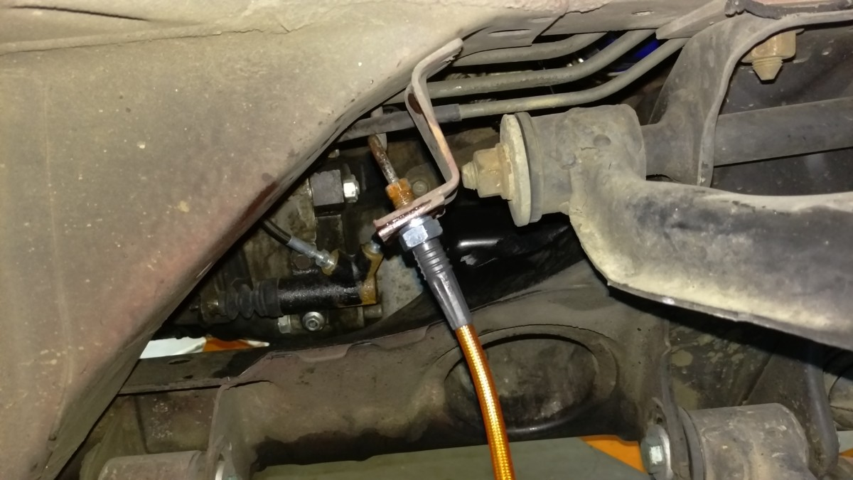 Installing Miata Stainless Steel Brake Lines - Did It Myself